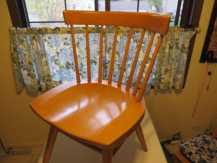can anyone tell me about these chairs, painted furniture