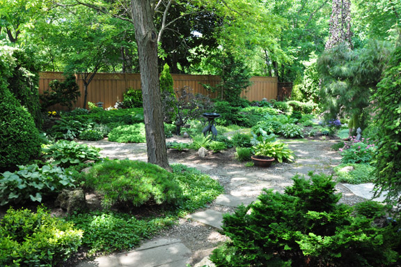 """""""Without exception, people say when they walk into the backyard that it is calming and peaceful just like a retreat"""", says gardener Heather Bradley."""