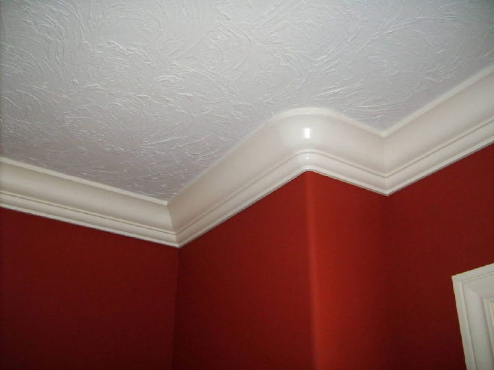 sculpting curved crown molding, wall decor, woodworking projects