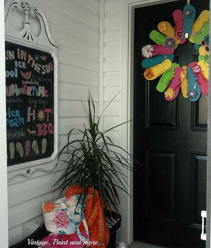 summer decor for entryway, chalkboard paint, crafts, foyer, seasonal holiday decor, wreaths