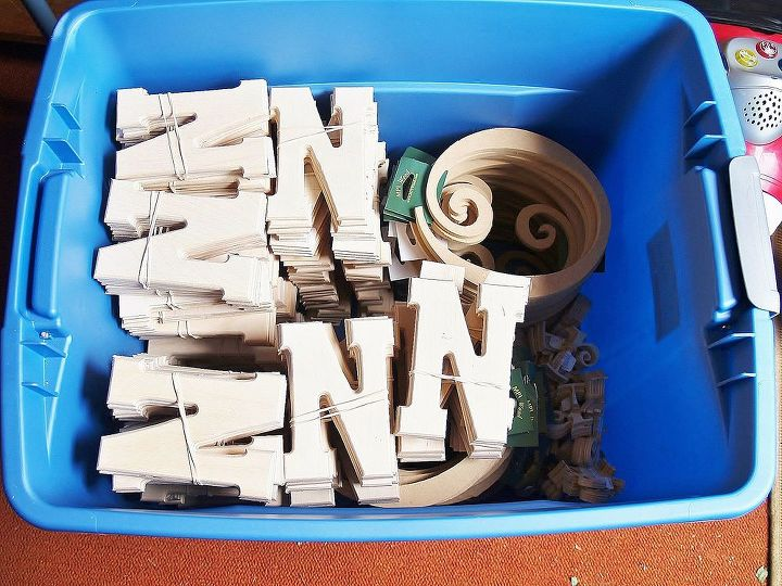 When we were leaving the sale, All these were under a stack of pallets I asked about at the end of the driveway.  She gave us the pallets and all these.  Brand new wooden alphabet letters with the price tags from Hobby Lobby still on
