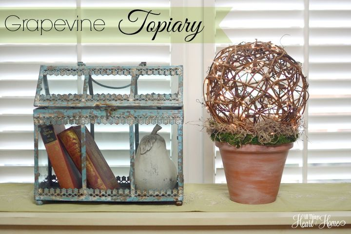 In the spirit of all-things springtime, I made this sweet grapevine ball topiary...