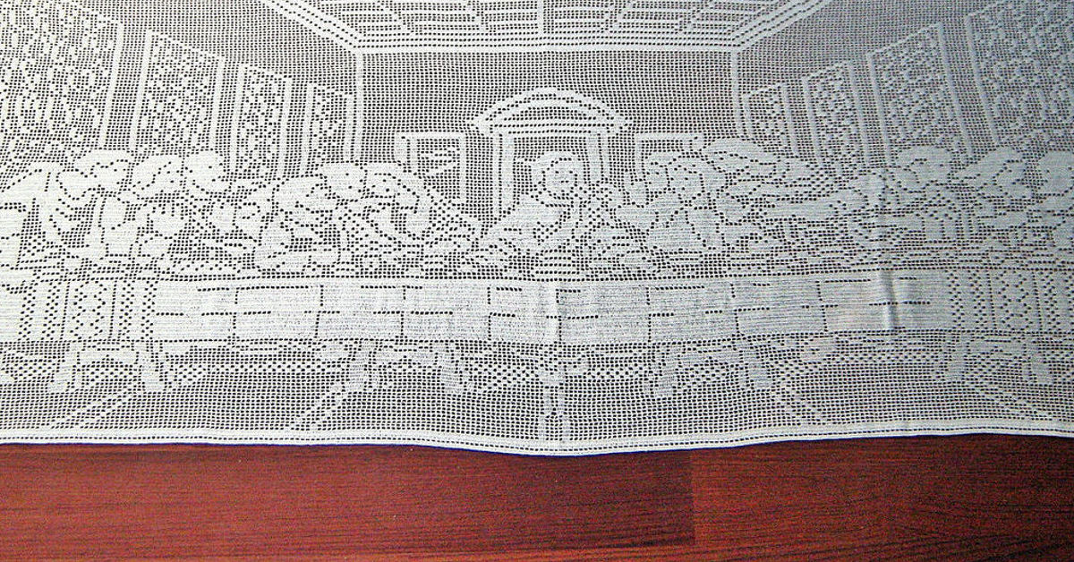 My Biggest Project The Last Supper Filet Crochet Tablecloth