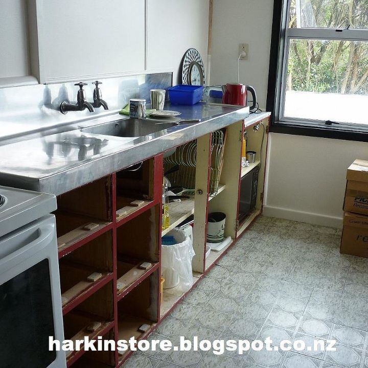 kitchen renovations continued, home improvement, kitchen cabinets, kitchen design, Before and living out of boxes