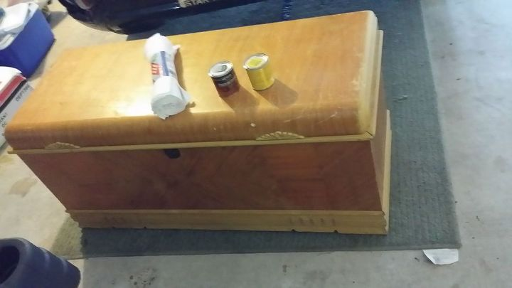 bringing a chest back to life, painted furniture, Before bought it this way