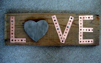 Love Sign From Barnwood and Metal Strapping