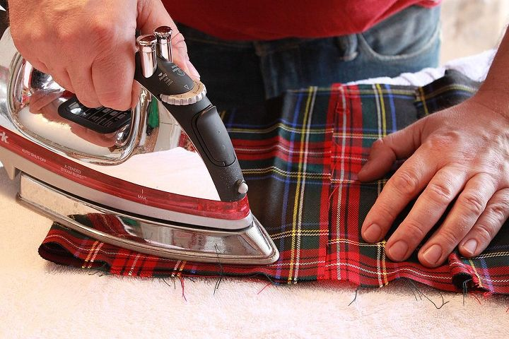 I've had this tartan scrap for years...so I gave it a good ironing before making 4 inch bags.