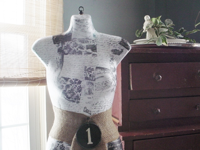 make your own dress form, crafts, decoupage