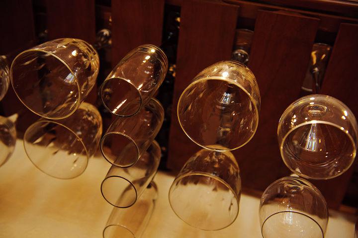 Stem Glass Holder