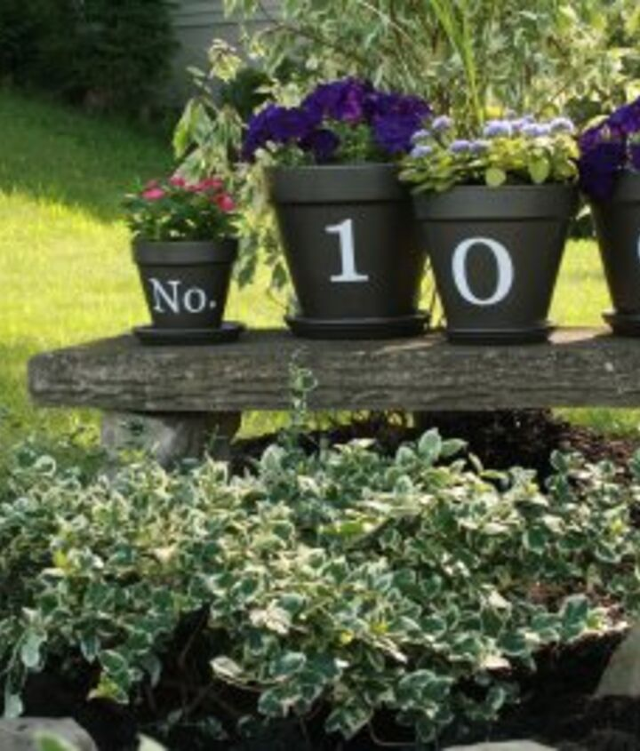 house number flower pots welcoming guests, flowers, gardening