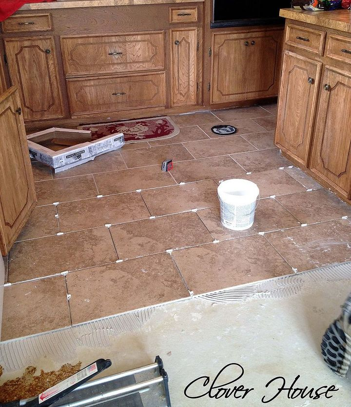 Kitchen And Dining Room Tiling