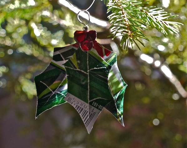christmas ornaments from aluminum cans, christmas decorations, repurposing upcycling, seasonal holiday decor