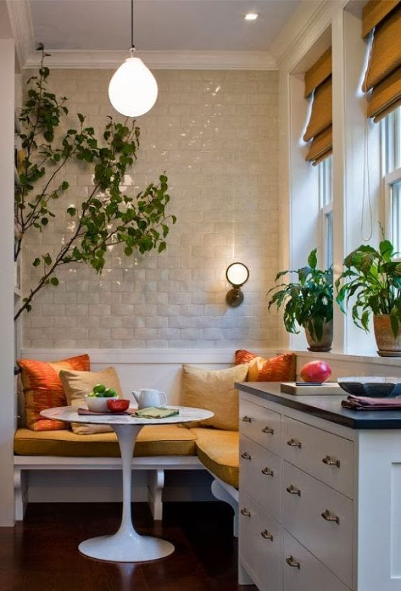 Restaurant-Style Booths in the Home | Hometalk
