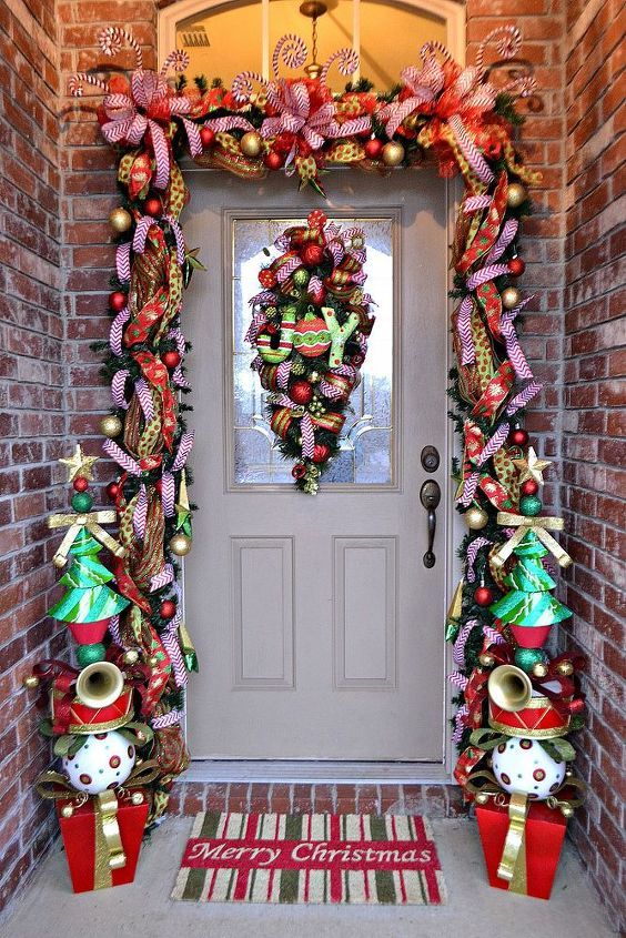 14 Unexpected Ways To Upgrade Your Living Room In 2020: Our Whimsical Christmas Front Door 2013