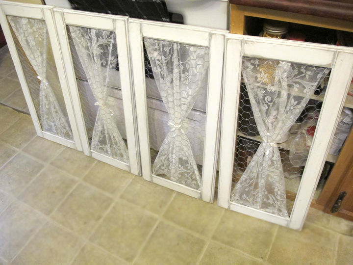 A little chicken wire and lace for the added country charm