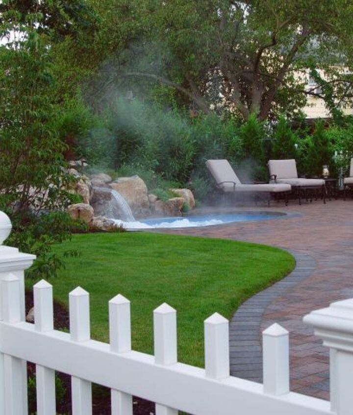 """""""Spool"""" pool and spa all in one. http://www.deckandpatio.com/DP_Blog/?p=1105"""