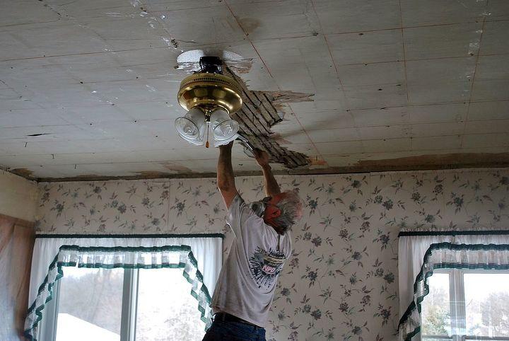tin ceiling, diy, home decor, living room ideas, tiling