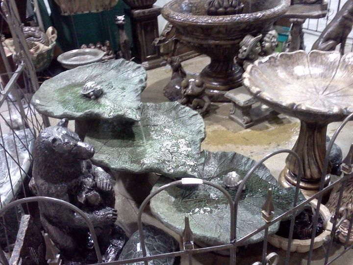 The sound from this flowing fountain was really nice