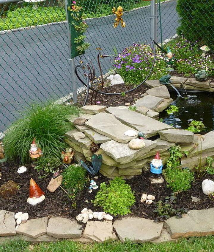 M gnome garden
