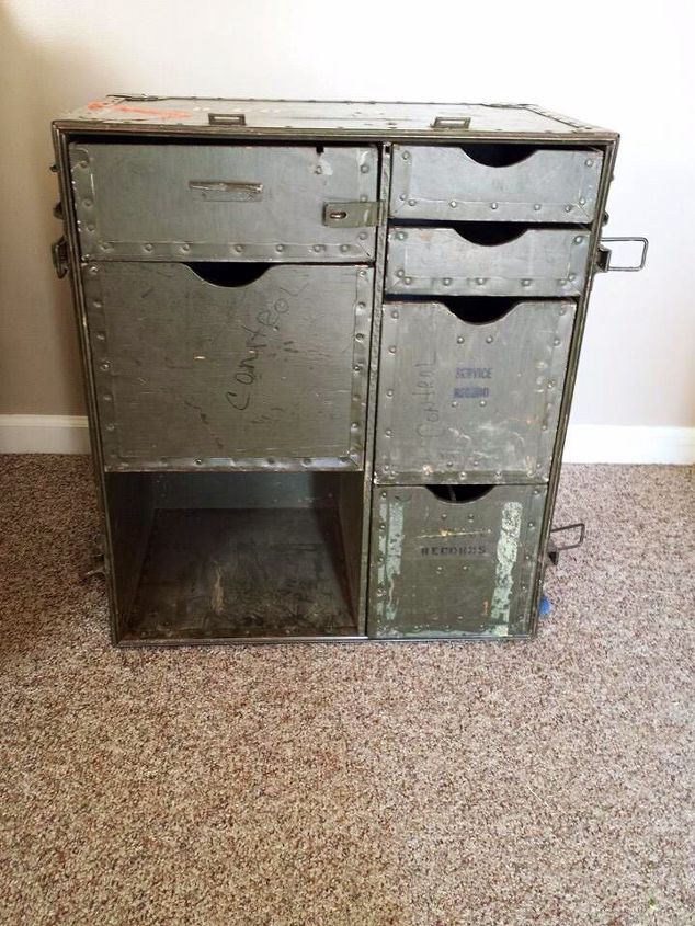 up cycled army field desk, chalk paint, painted furniture, repurposing upcycling