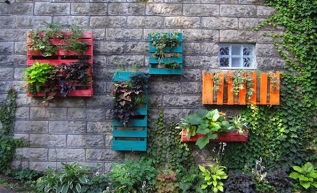 31 Diy Pallet Ideas Renovations Projects DIY Hanging Garden
