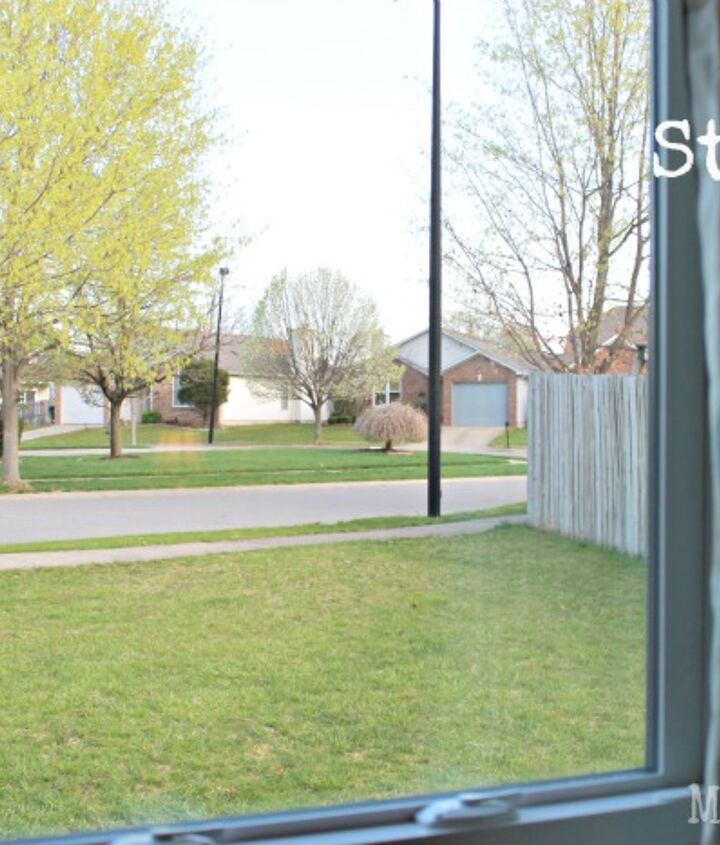 no streak window cleaner, cleaning tips, windows, Rub down with newspaper to get rid of streaks