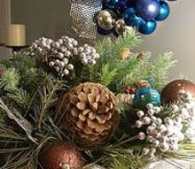 diy christmas centerpiece, christmas decorations, seasonal holiday decor
