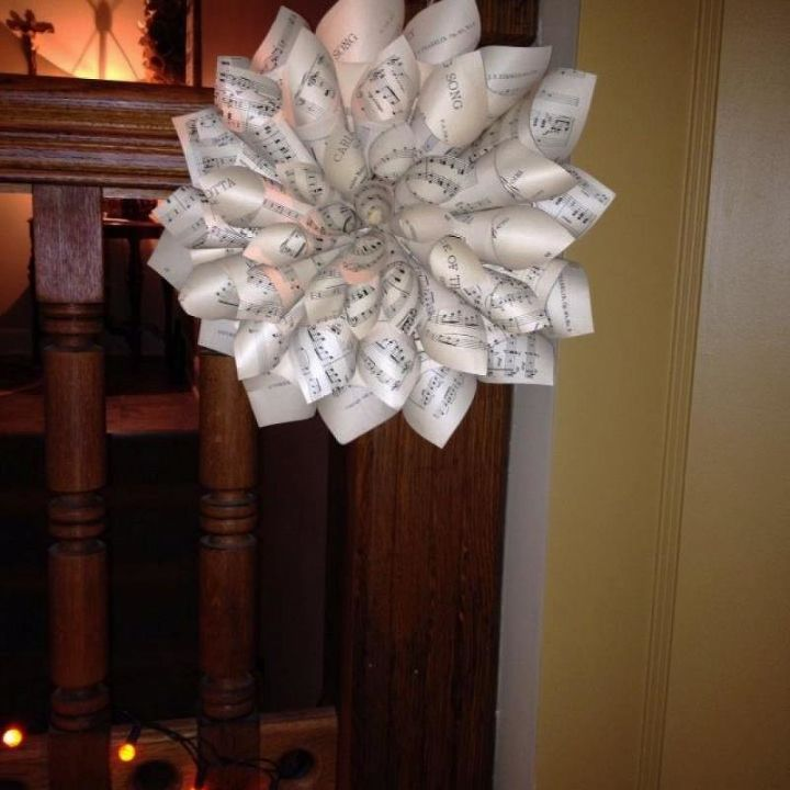 """This wreath is about 16"""" across. I do try to stack the cones so all the points are oriented in the same direction. I try... didn't say it always works out!"""