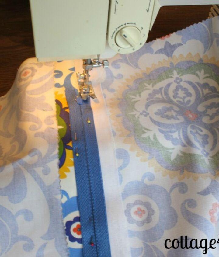 sewing a zipper, crafts