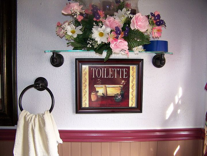 Added touch to the wall above the toilet....another picture off the internet....