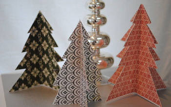 simple folded christmas trees, christmas decorations, seasonal holiday decor, Easy decorating using what you already have right up my alley