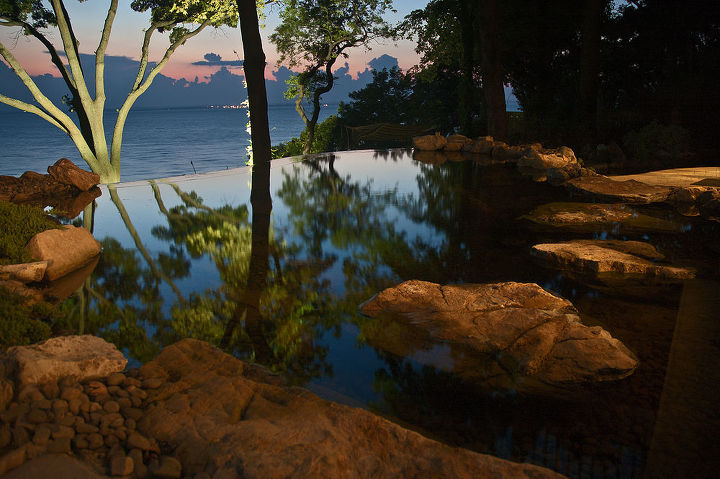 Vanishing edge pond with large stepping stone path