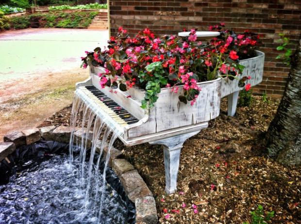 You can give a new life to that old and broken piano you have.