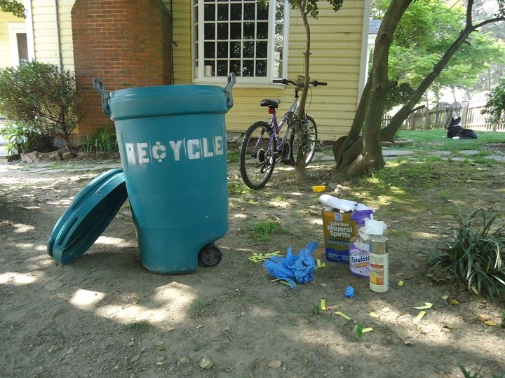 Clean Up and place masking tape in your new Recyling Bin