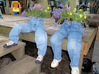 Kecia shared these jean planters that she made from her son's jeans for mother's day gifts.