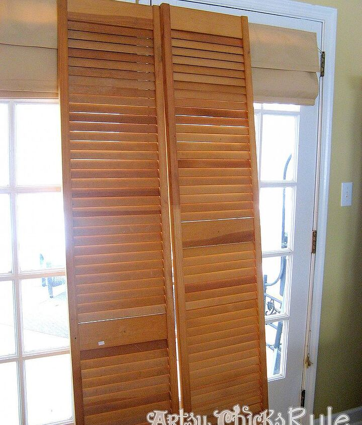 $5 bi fold doors from the thrift store--before