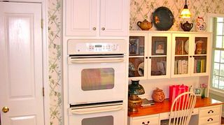 q kitchen cabinets reface or just buy new, doors, kitchen cabinets, kitchen design, Before