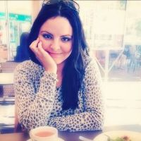 Maria @ Pastels And Macarons