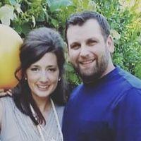 Rob & Courtney M, Hometalk Team