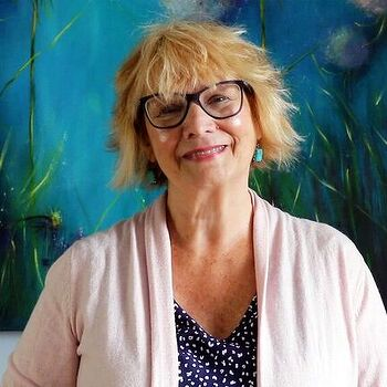 Julie McDowell - Design Artist