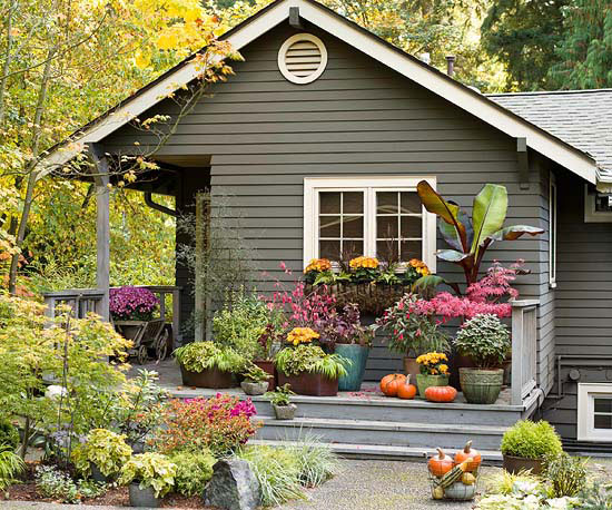 http://www.bhg.com/home-improvement/exteriors/curb-appeal/ways-to-add-curb-appeal/#page=7