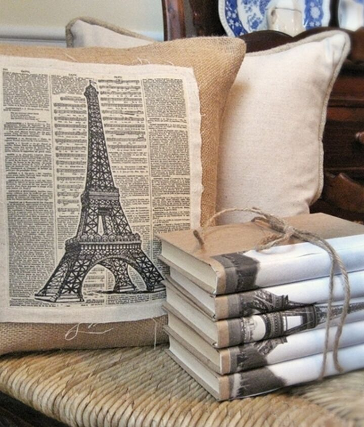 Vintage burlap and linen Eiffel Tower pillow...with link to free graphic in my blog.