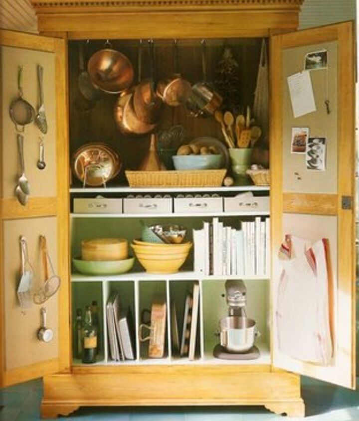 Another idea for a kitchen armoire! http://bit.ly/Sh30V6
