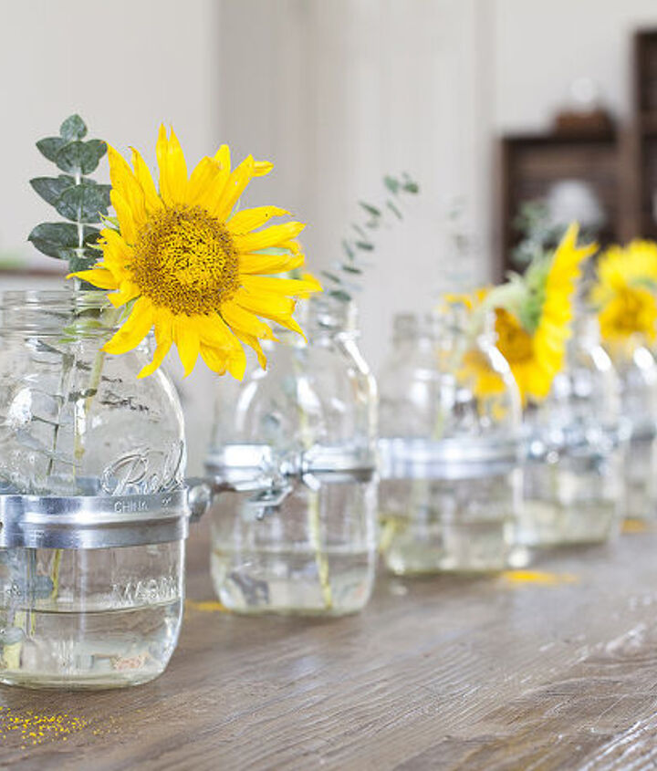 DIY Mason Jar Vase Centerpiece