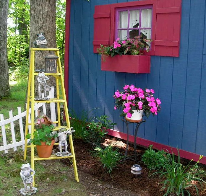 new life to an old ladder, gardening, repurposing upcycling