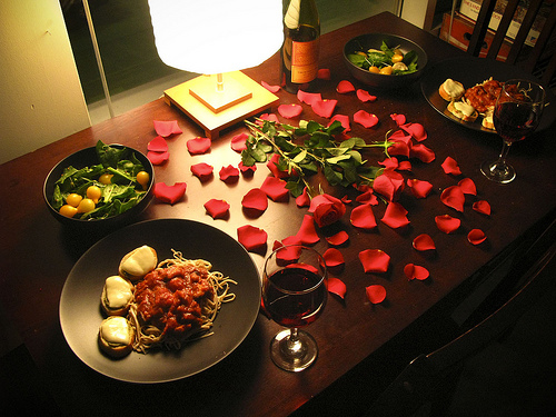 simple last minute ideas for a romantic valentine s evening at home