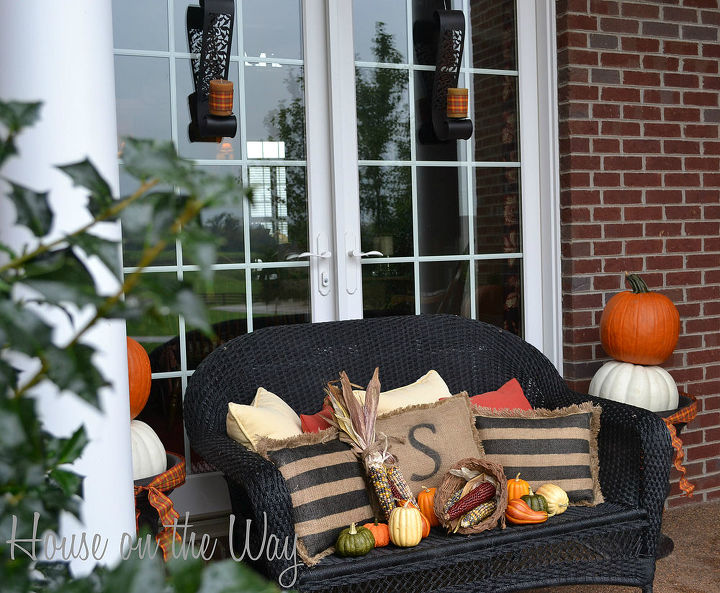 I love to create a front porch that is full of interest, texture and color!
