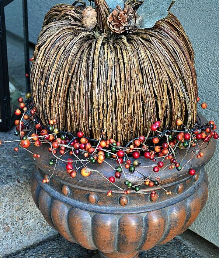 decorating my porch for fall, seasonal holiday d cor, wreaths