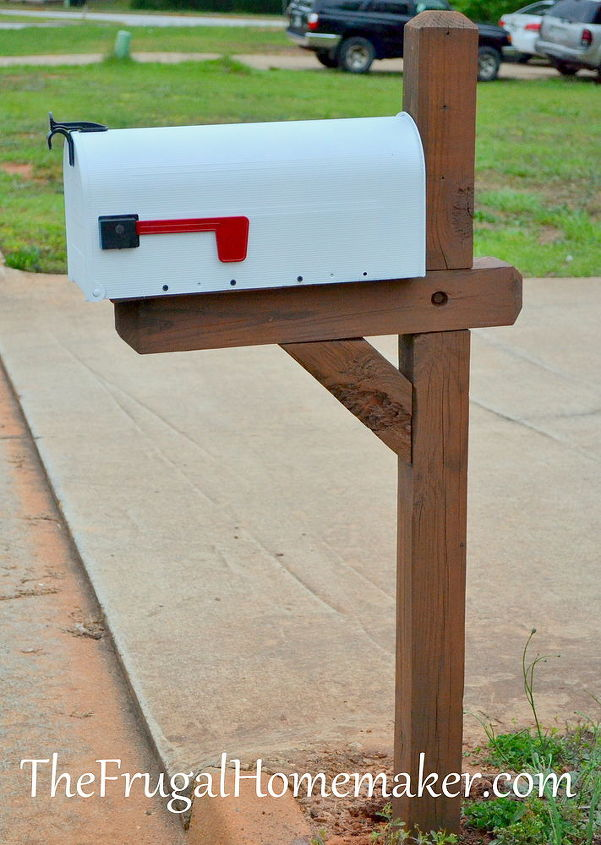 mailbox re do, curb appeal, painting, primed and painted the mailbox and flag pieces and sanded and stained the post