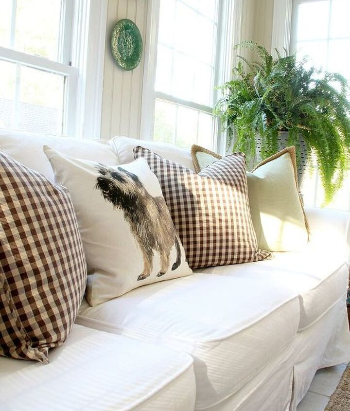 seasonal changes in sun room, home decor